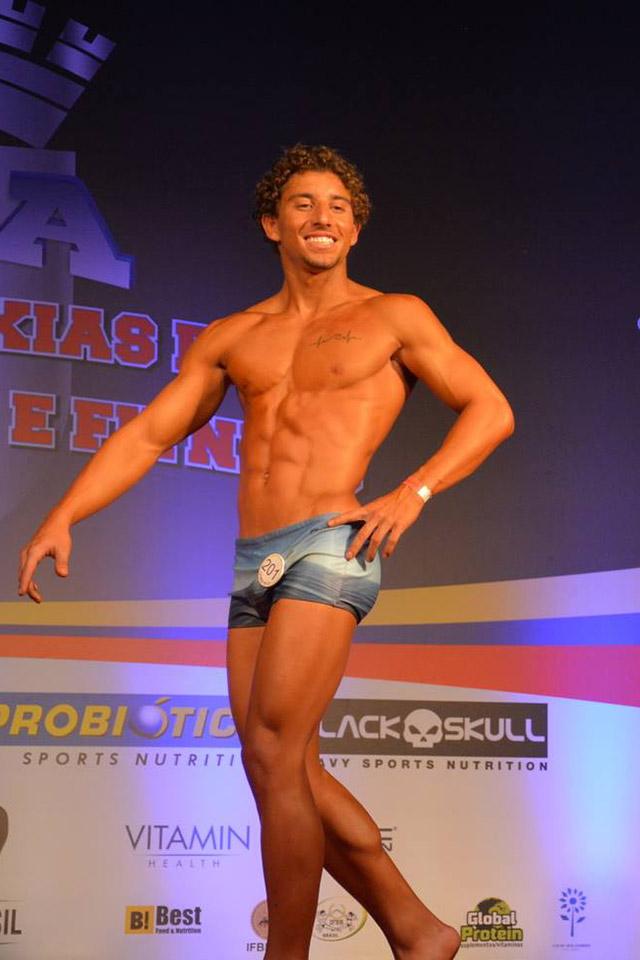 Bernardo Pizzo conquista terceiro lugar Body Shape até 1,70 m na Copa Duque de Caxias. Foto: Alencar Amaral