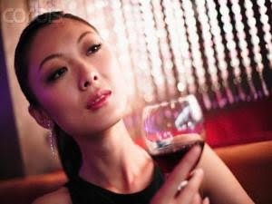 Drinking Wine Makes Slim for Woman