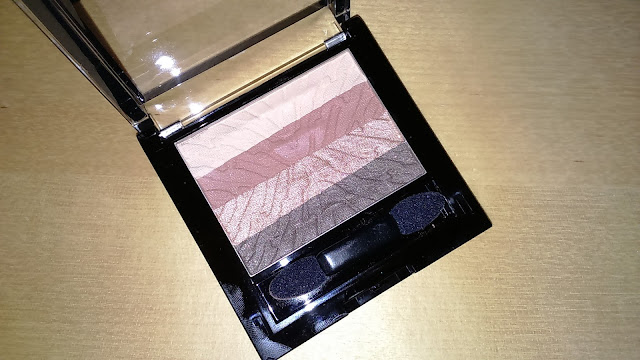 Korres Black Volcanic Minerals Eyeshadow Palette in Warm Nude