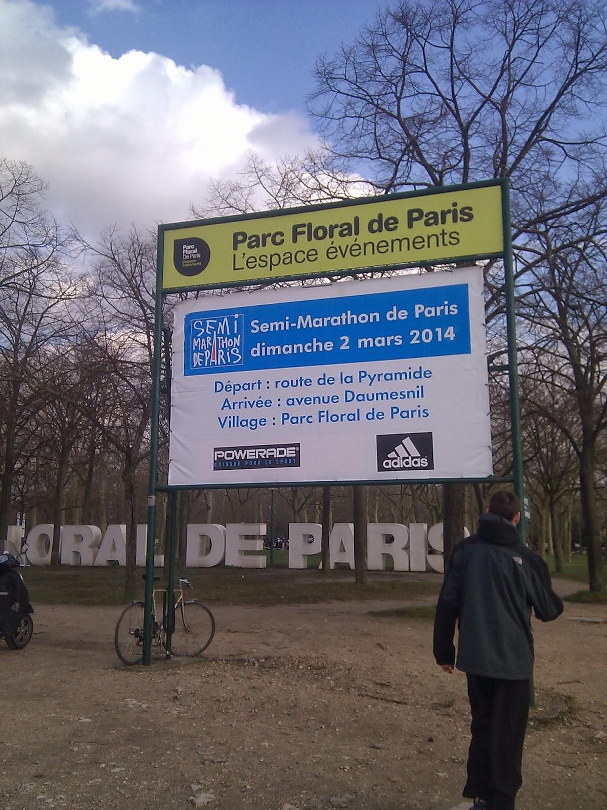 http://lafilleauxbasketsroses.blogspot.com/2014/03/cr-du-semi-marathon-de-paris-2014.html