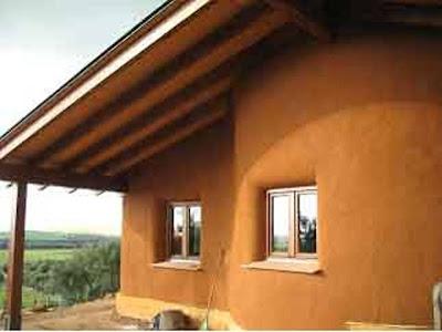 Красная глина как материал для штукатурки. Испания.