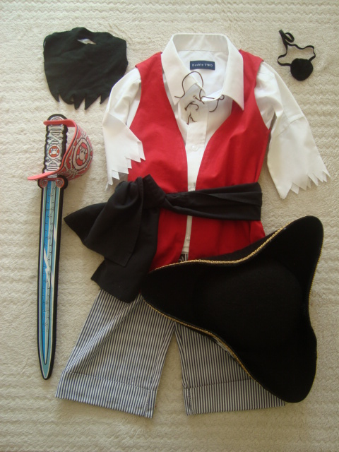 pirates costume DIY