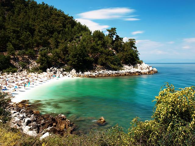 παραλία Σαλιάρα - Θάσος - travel-around-greece.blogspot.gr