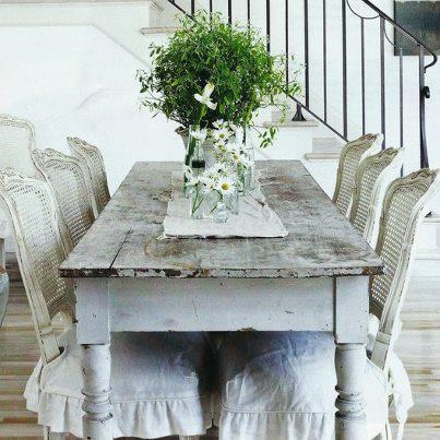 Muebles Antiguos Restaurados En Blanco Podemos Charlar Juntas El Terrible  Encanto Del Estilo Shabby Chic.