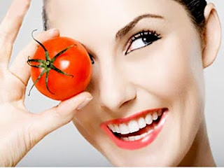Whiten the Face with Tomatoes Mask
