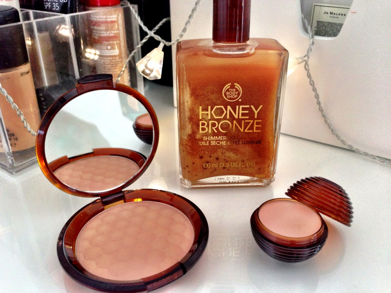 The Body Shop Glowing Honey Bronze Summer Collection