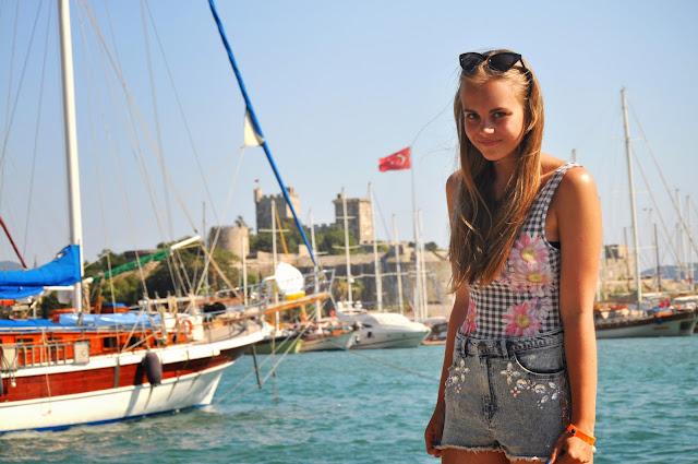 http://prettylittlefashionistaa.blogspot.com/2013/07/turkey-12.html