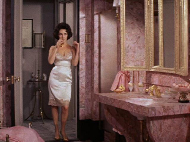 The Style Essentials Elizabeth Taylor Calls On Helen Rose