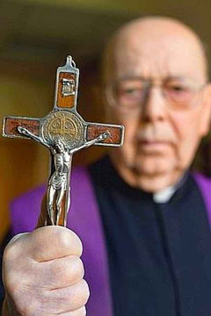 Padre Gabriele Amorth, exorcista oficial da diocese de Roma