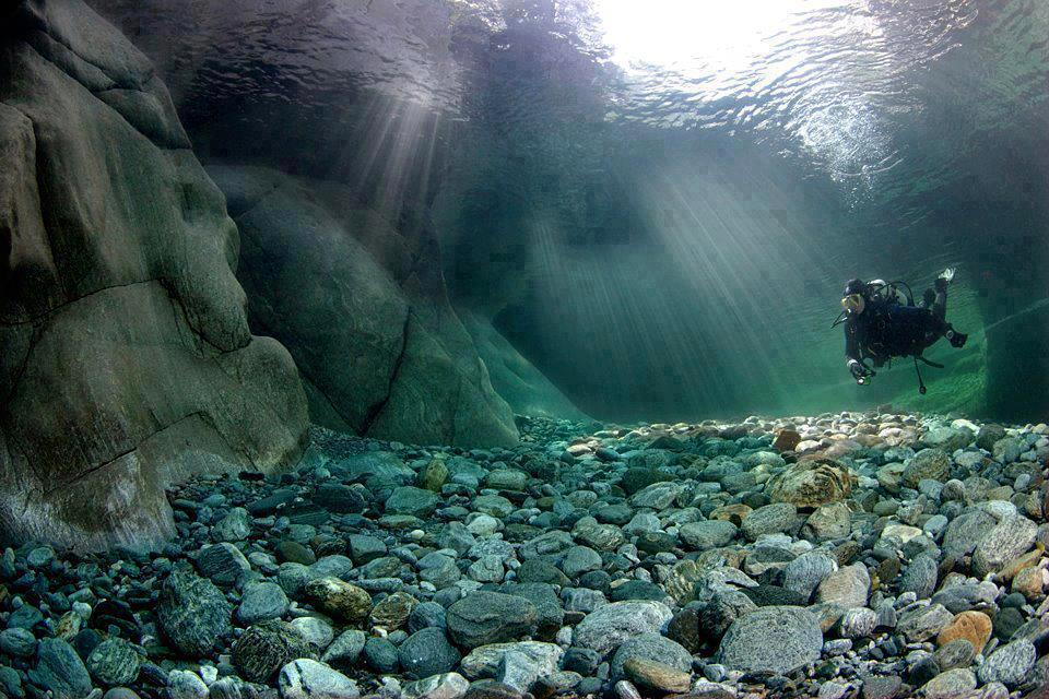Verzasca-River-Switzerland-Picture