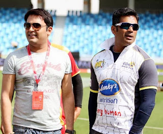 Kapil with salman khan at dubai