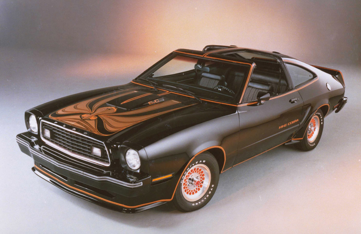 model cars latest models car prices reviews and pictures ford mustang. Black Bedroom Furniture Sets. Home Design Ideas
