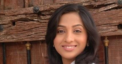 Madhurani Gokhale photos ~ Marathi Show