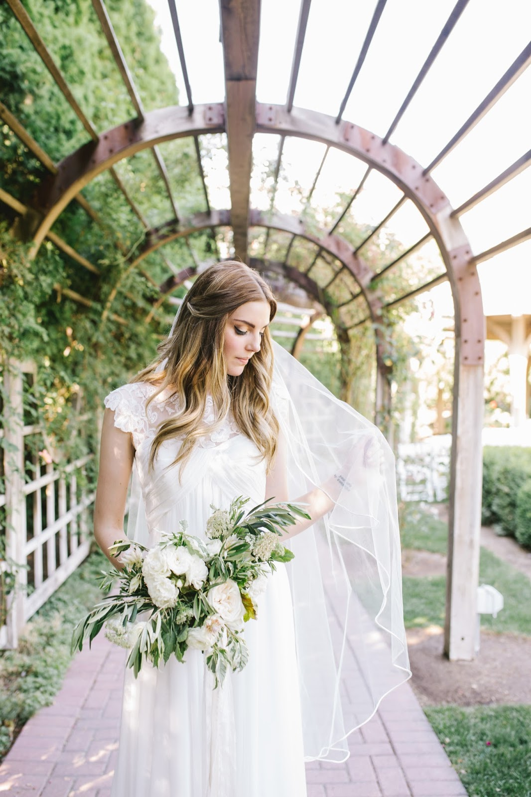 The dress garden utah - Classic Bride In A Lace Dress With A White Garden Rose And Olive Bouquet For Her