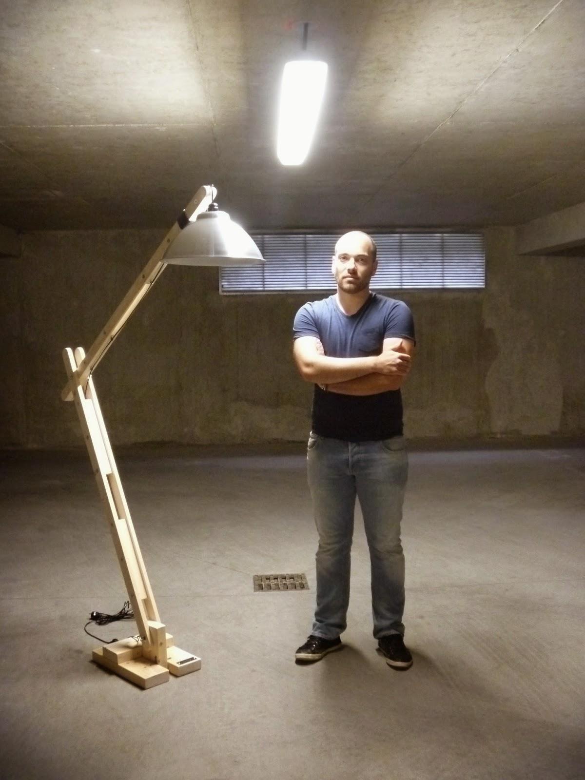 Lampe Articulée Bois - La menuiserie 503 La lampe d'architecte articulée en bois de taille moyenne