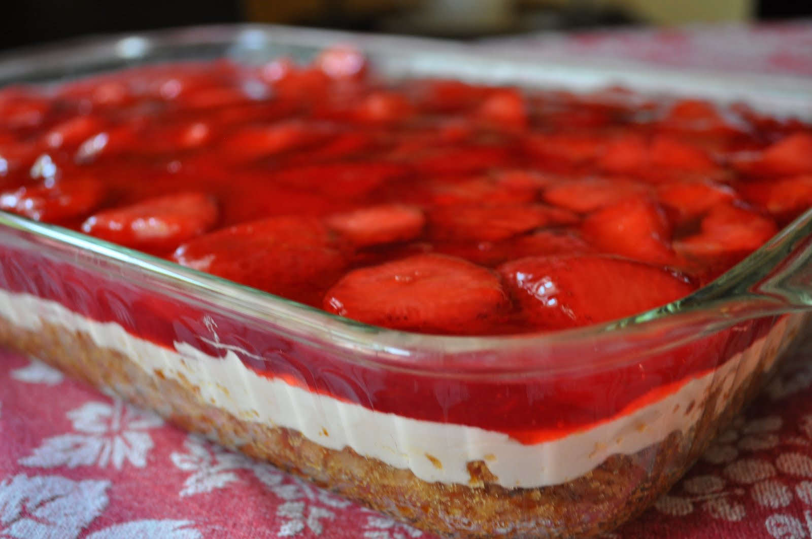 Life is Sweet...Eat the Cake: Strawberry Pretzel Salad...