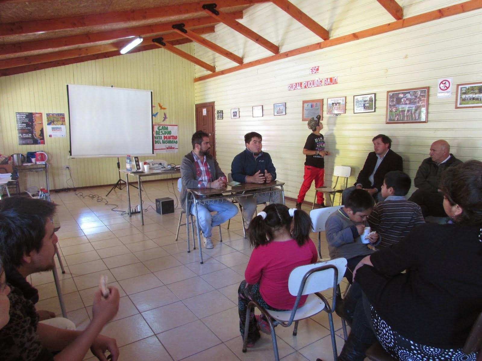 PRIMER FORO POR LA EDUCACION EN LA ESCUELA DE PUQUIÑE, LOF QUILCHE MAPU