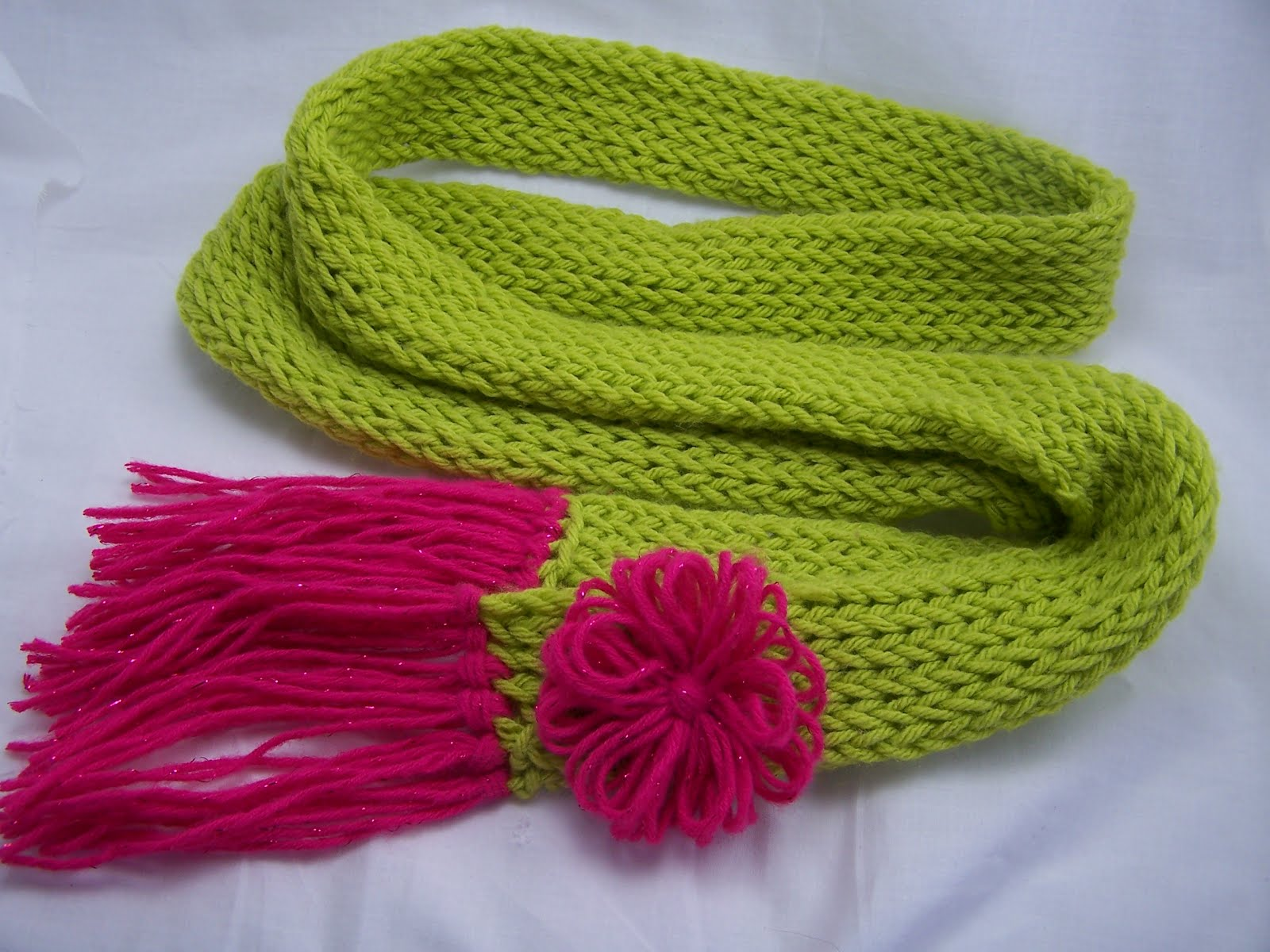 Knitting Loom Scarf Fringe : The Crafty Mermaid: Scarf and flower pin