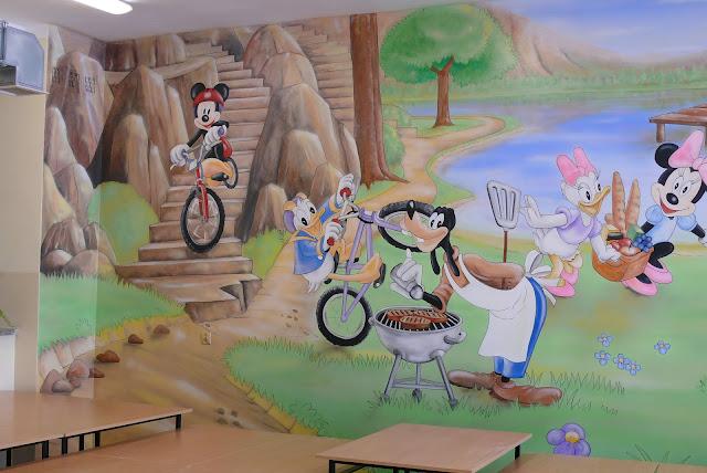 Aranzacja pokoju dzieciecego, malowanie ściany, Toruń
