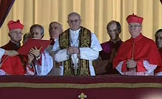 Pope Francis blessing on balcony