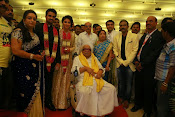 Amala paul vijay reception-thumbnail-62
