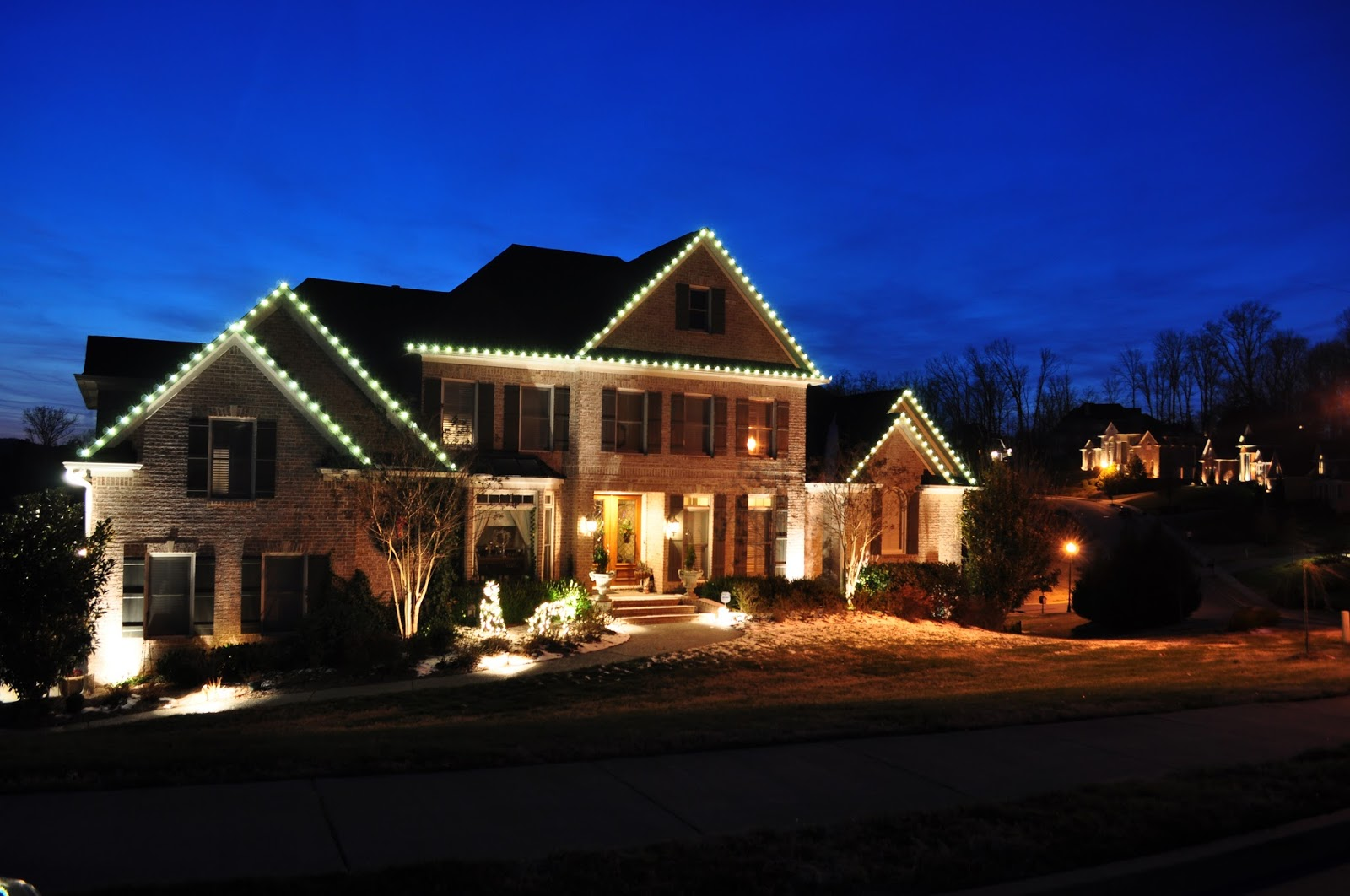 indoor outdoor led christmas lighting ideas