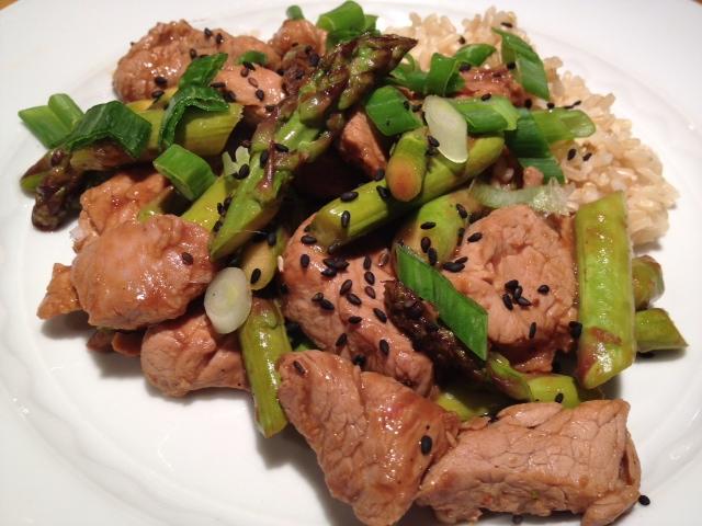 Pork & Asparagus Stir Fry Recipe - The Lemon Bowl