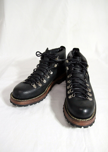 EGO TRIPPING / MOUNTAIN BOOTS