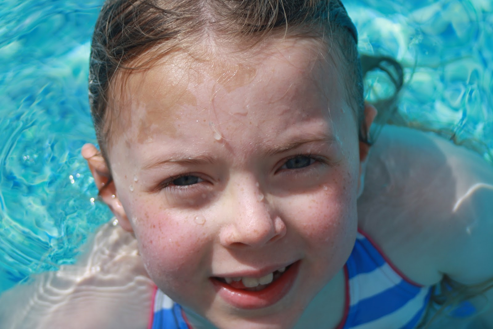 Daughter-Gallery-beautiful-swimming-portrait