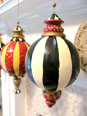 hand painted finial black and white stripe ornament