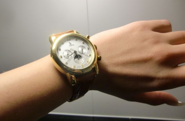 wrist watch fetish eskort jenter