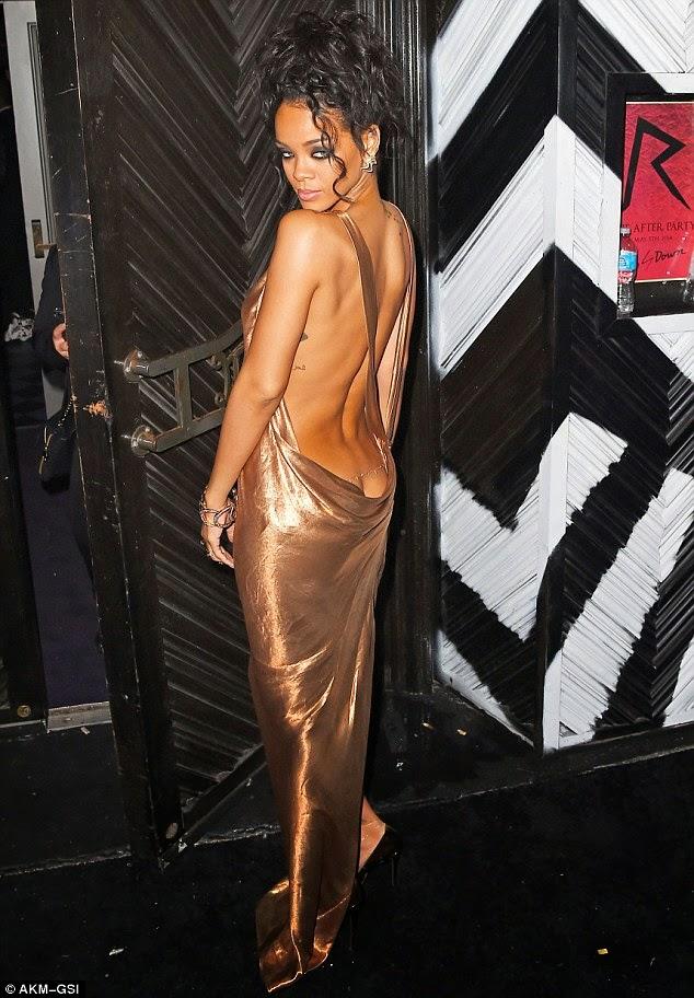 Rihanna:World most Sexiest woman ranking #3