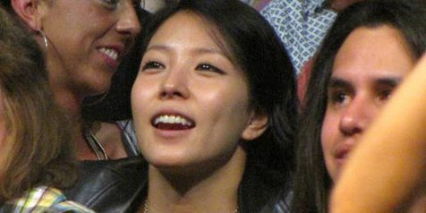 BoA Caught go to GLEE Concert