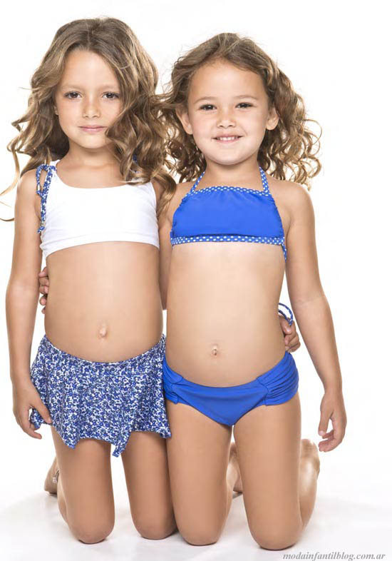 de moda en este verano 2014 trajes de baño infantiles