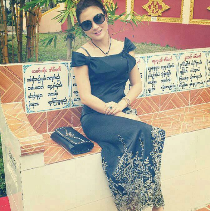 Wut Hmone Shwe Yi Photos@ ModelMyanmar