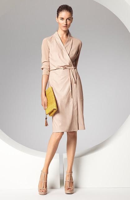 escada iş için krem rengi şık elbise modeli