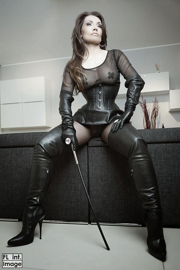 strapon domina porn in norway