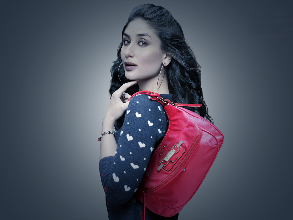kareena kapoor bag hd pic
