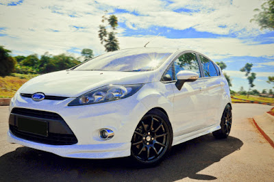Review Spesifikasi Ford Fiesta 1.6