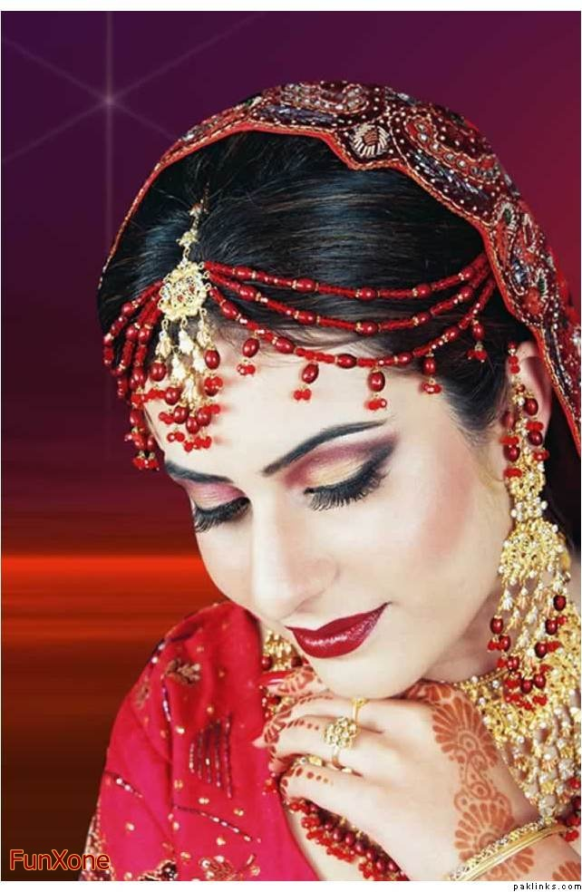 Traditional Wedding Dressup And Makeup : Indian Traditional Bridal Dress and Makeup