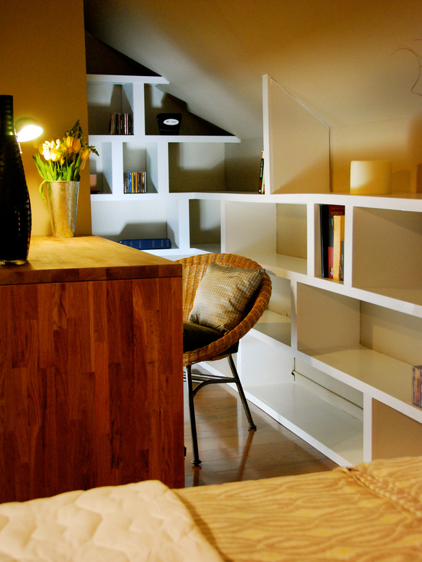 Modern furniture small home office design ideas 2012 from hgtv Corner home office design ideas