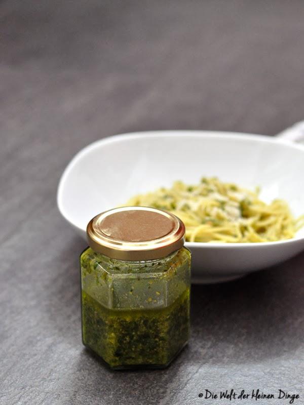 Basilikum-Pesto im Glas