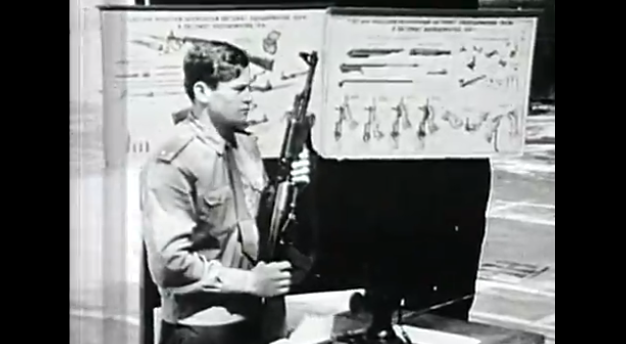 Ο άνθρωπος πίσω από το πιο διάσημο όπλο - σύμβολο: Αυτή είναι η ιστορία του ΚΑΛΑΣΝΙΚΟΦ - Του ανθρώπου και του όπλου - ΒΙΝΤΕΟ KALASNIKOF