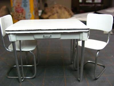 298Как сделать стол и стул для кукол