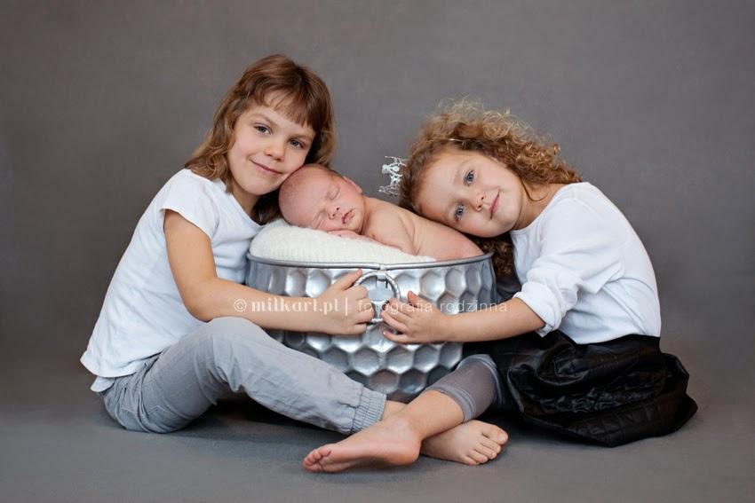 zdjęcia rodzinne, sesje zdjęciowe rodzin, fotografia niemowlęca, sesja zdjęciowa niemowlaków, zdjęcia roczniaków