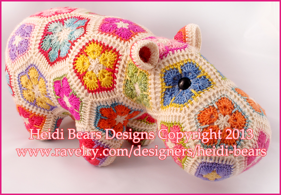 Crochet Pattern Free Hippo : Heidi Bears: Happypotamus the happy Hippo crochet Pattern ...