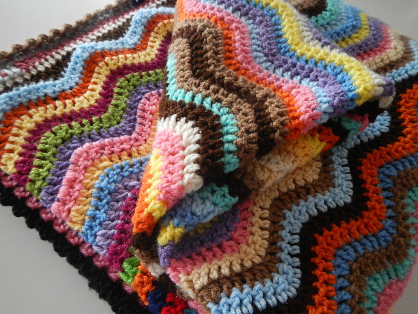 Apple Blossom Dreams: Stash-Buster #27 - Happy Scrappy Afghan Ta Dah!