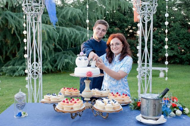matrimonio con lo sponsor chiara e maurizio taglio torta nuziale