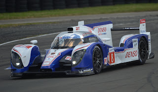 Toyota TS 030 Hybride n&#176;8