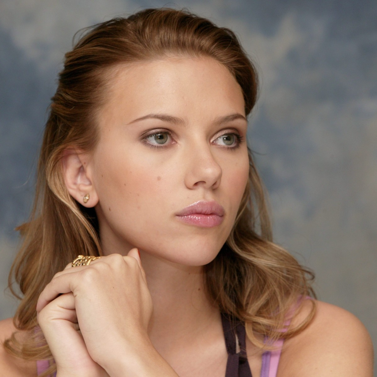Scarlett Johansson Without Makeup